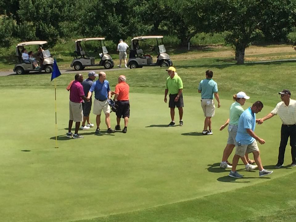 Twaalfskill Golf Course Group Image 1