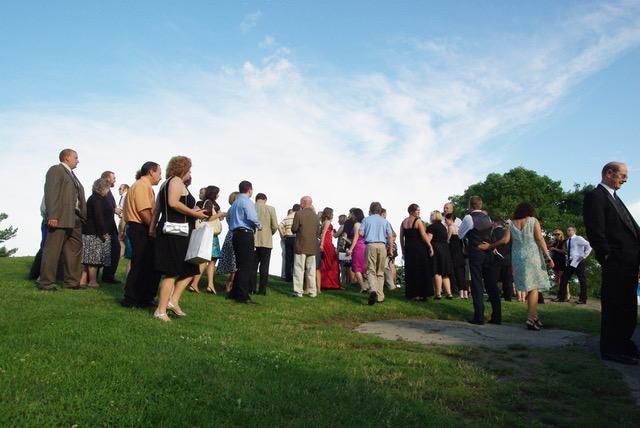 Professional Wedding Group Pic at Twaalfskill Club